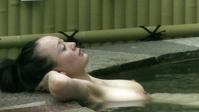 کازبولینکا جوان خانگی قزاق روی آفتاب کس ضربدری داماد صعود کرد و با دقت زمین بیدار شد