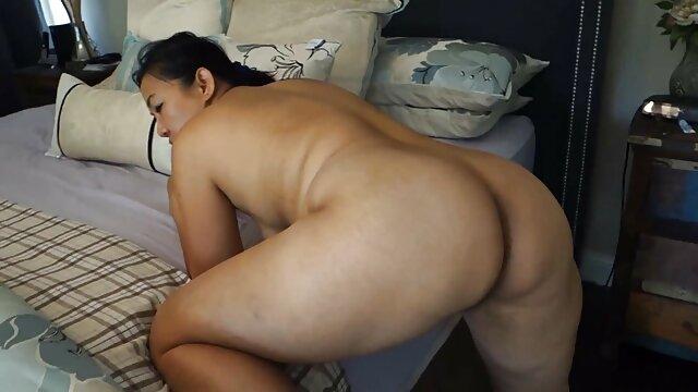 یک زن فاسد قزاق قبل از سوار شدن به یک راهبه تصمیم اینستاگرام سکس ضربدری گرفت برای آخرین بار به آن شخص بوسه بدهد
